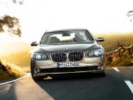 BMW_7series_sedan_03