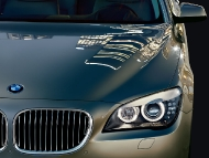 BMW_7series_sedan_05