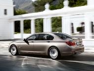 BMW_7series_sedan_06