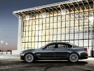 BMW_7series_sedan_08