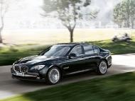 BMW_7series_sedan_09