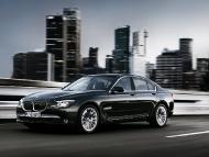 BMW_7series_sedan_10
