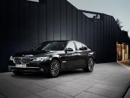 BMW_7series_sedan_12