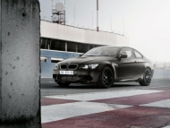 bmw-m3-coupe-frozen-edition-e92-seagrampearce-02