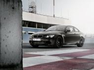 bmw-m3-coupe-frozen-edition-e92-seagrampearce-02