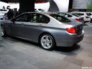 bmw-2011-detroit-auto-show-16-655x438