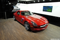 2011-detroit-auto-show-photos-22