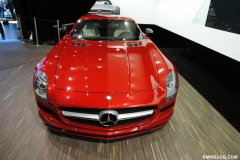2011-detroit-auto-show-photos-25