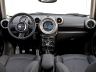 2011-mini-countryman-cooper-s-71-655x436