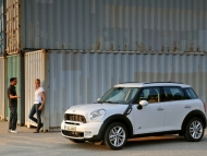 2011-mini-countryman-cooper-s-86-655x436