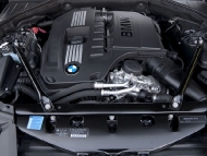 2011-bmw-740i-engine