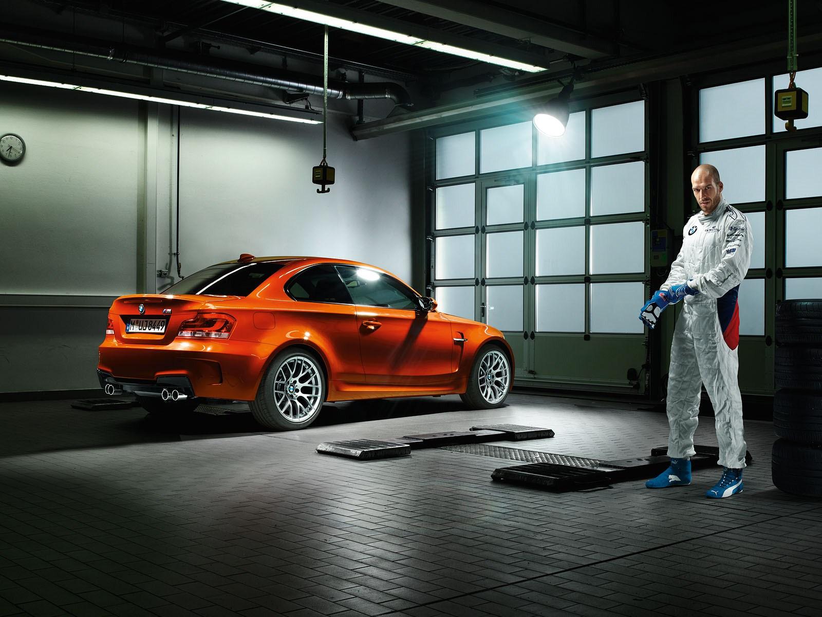 BMW 1M vs Porsche Cayman S and Audi TT RS « Клуб ...